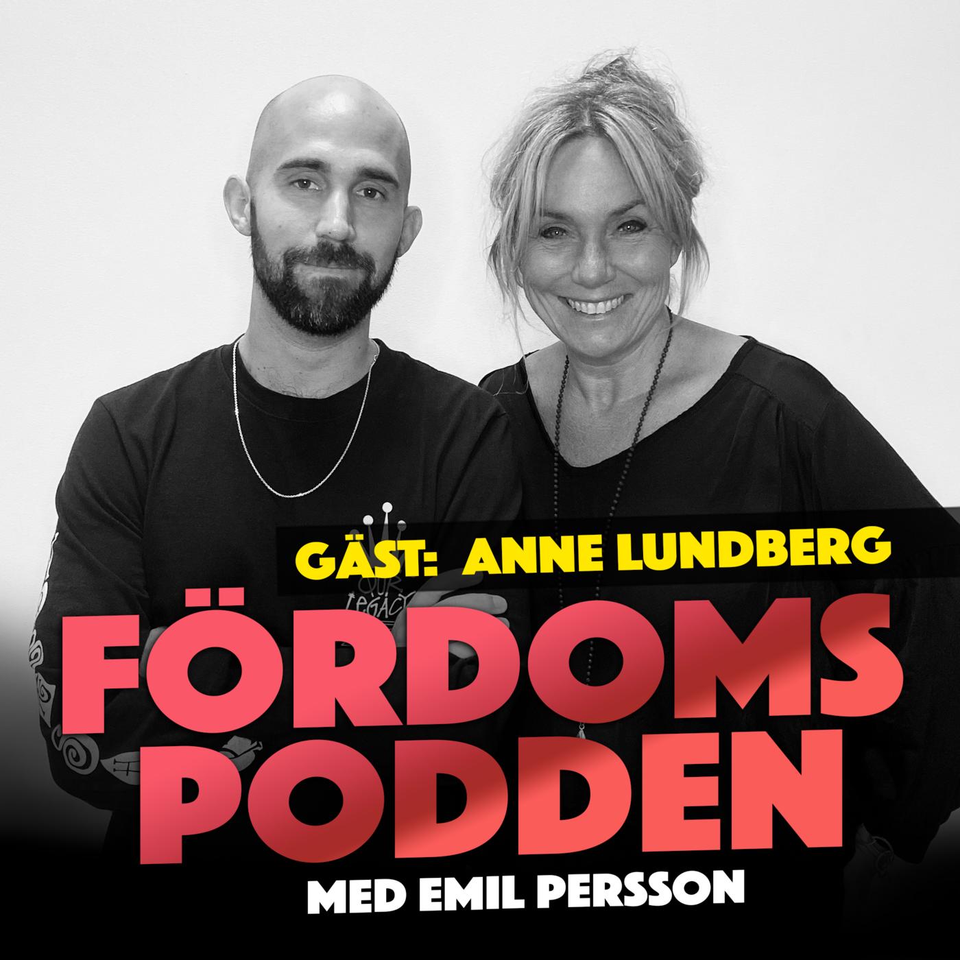 #148 Har Anne Lundberg åkt motorcykel med sina armar runt en medioker mans midja?